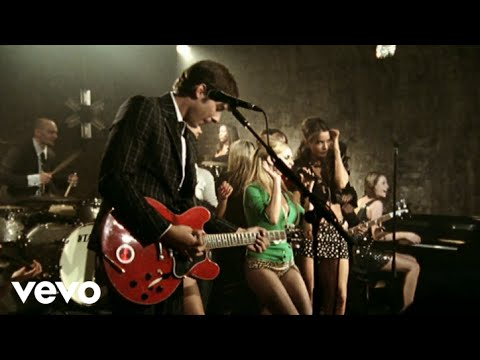 Mark Ronson – Valerie feat. Amy Winehouse